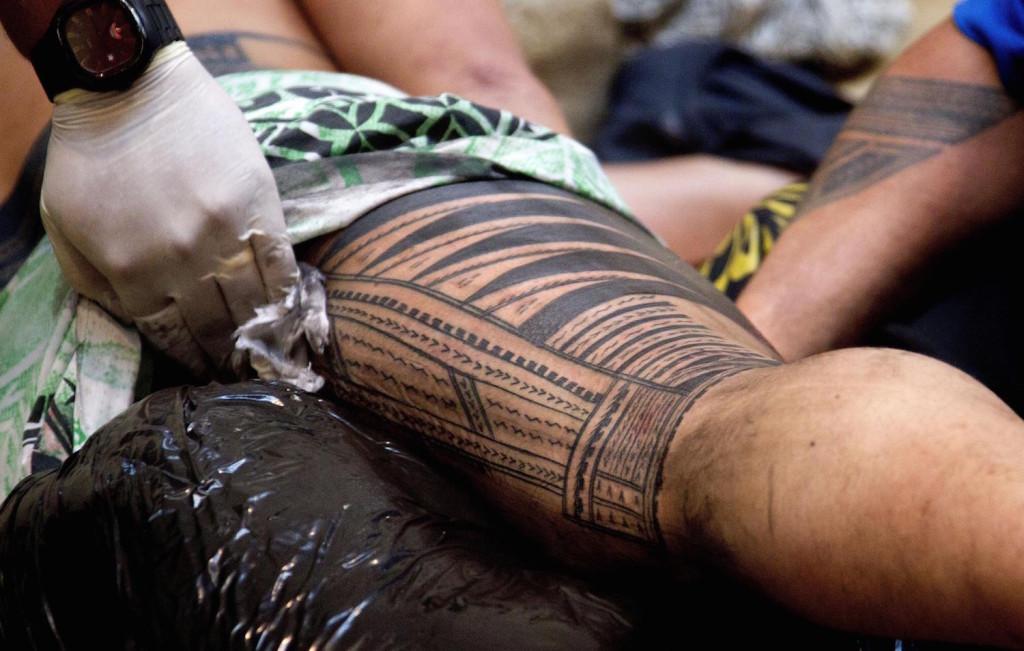 Le tatouage maorie - histoire et significations de cette tendance3