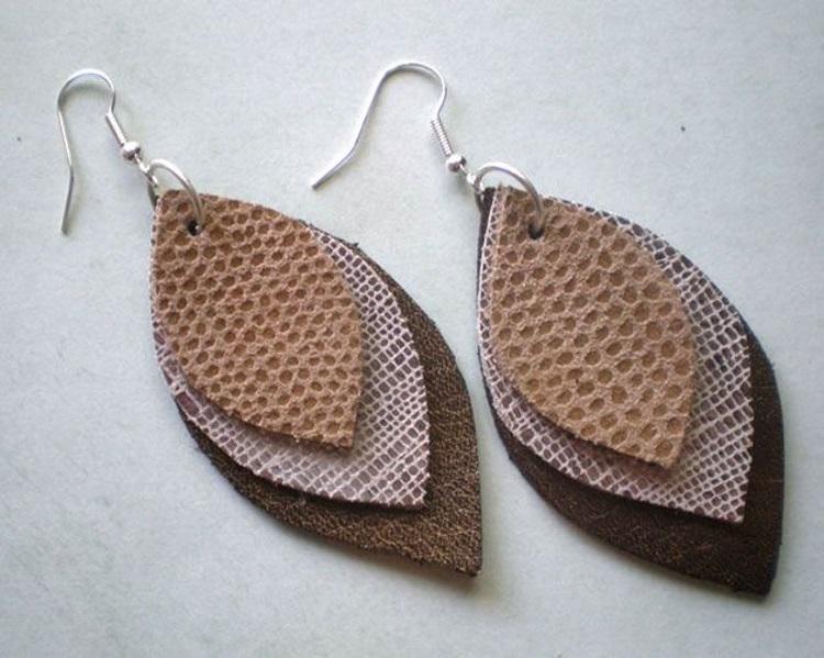 boucles d'oreille en cuir